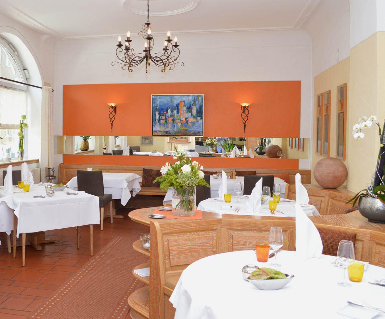 restaurant-1-e1604426264171